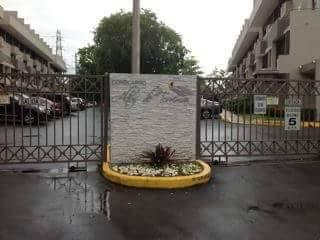 Cond. Altos de Torrimar $775 Garden
