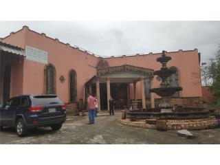Iglesia 600 Personas / 200 Parkings @ Plaza