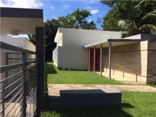 Moderna casa terrera en calle