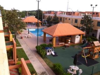Caboqueron, 3h-2b, piscina, control acceso