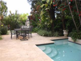 Casa terrera con piscina en Garden Hills