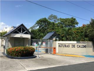 ALTURAS DE CALDAS GARDEN CON ESCALERAS