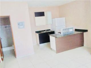 Apartamento equipado con estufa, nevera y A/C