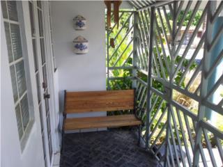Villa Nevarez, San Juan