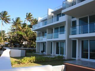 Coral Reef -Ocean front, view and access