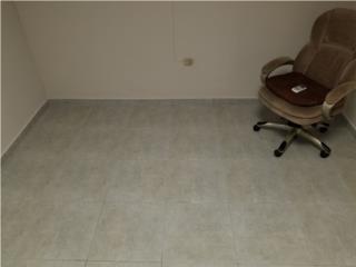 Oficina en Lomas Verde, 11' X 11' Renta $375