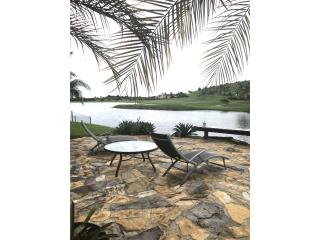 Costa Verde stunning lake view house!