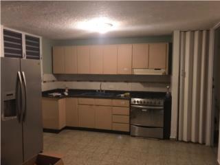Se renta casa en Miraflores terrera