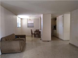 Apartamento en Villa Carolina!!!