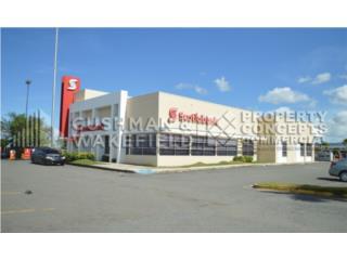 Edificio comercial (Scotiabank) en Los Colobos