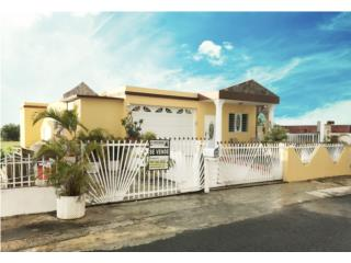 Residential Property 3Bed-2.5 Bath Isabela