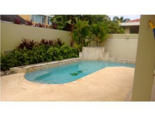 LIVE IN A RESORT-CLOSE TO BEACH AND HOTELS!!