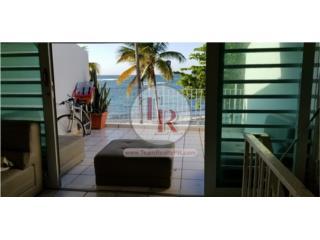 SE RENTA! Ocean Front! Apartamento en Villa Playa.