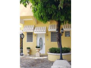 Apartamentos Cerca Católica desde $600