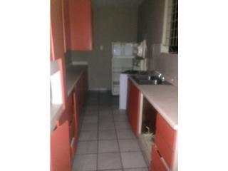 Apartamento 1H 1B $395  agua,luz,estufa,