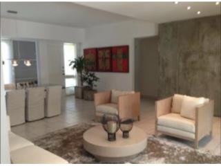 Villa Mercedes, amplia y remodelada!