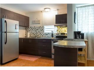 2 blocks from the beach fully equipped!