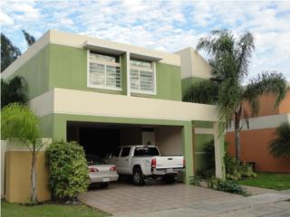 Urb Paraiso amplio solar 900 y balcones