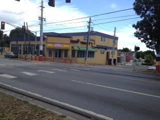 Edificio Calle Girasol, Esq.  Carr # 3