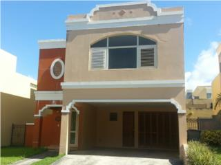 SOLD - ANDREA'S COURT - TRES NIVELES