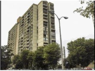 COND   RIVER   SIDE     PLAZA     CL