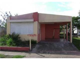 Urb Villas del Coqui G-3 Avenida Coqui
