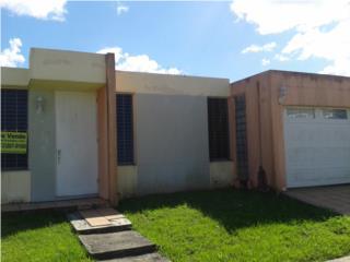 Urb. Estancias del Rio C-10 Calle Ceiba
