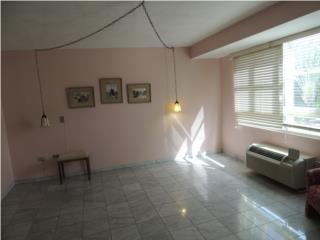 Luchetti, spacious, great condition, 2 parkings!