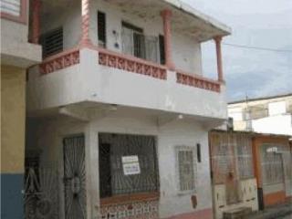 Pueblo Calle Qui�onez #25