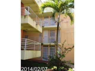 Brisas de Ceiba Court 3 y 1 Repo