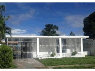 Urb. Villa San Anton Calle Casimiro O-22