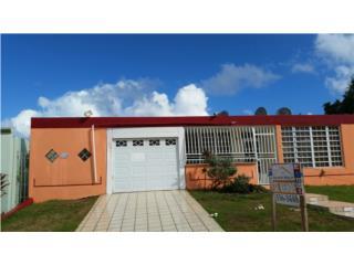 Río Grande Estate 3H, 2B, mucho patio $123k