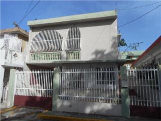 Se vende casa en la calle Las  Delicias 181