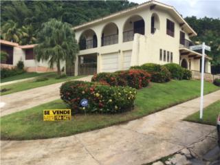 Casa en Urb.Alturas San Benito Humacao