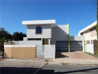 Villa Hucar 5/3.5 obtenga 3% gastos