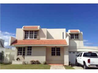Villas de la Playa 4/2.5  100% fianc