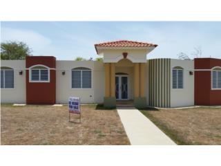 Modern 4/2.5 Home near Jobos