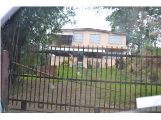 Toa Alta, Bo Santa Cruz, casa para retiro. $290k