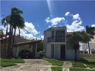 COCO BEACH HOUSE 4 SALE ~SE LIQUIDA $135K