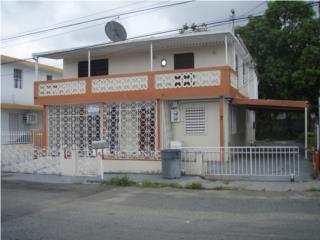 En Rio Plantation Casa de 2 apartamentos.