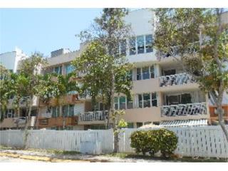 LA Villas Ciudad Jardin 3h/2b $112k