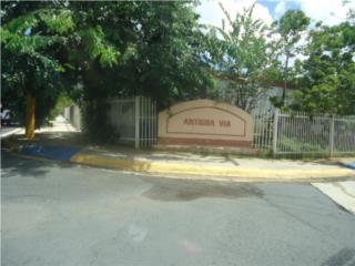 Antigua Via,Townhouse,2 niveles, 2H-1B, Opcionada