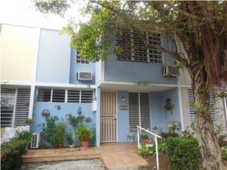 Casa Linda Court 4hab. 2baños, terraza, patio