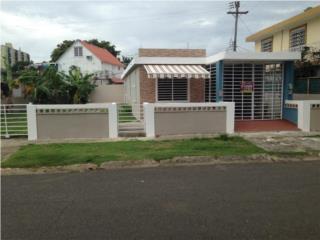 Puerto Nuevo, San Juan - ¡REMODELADA!