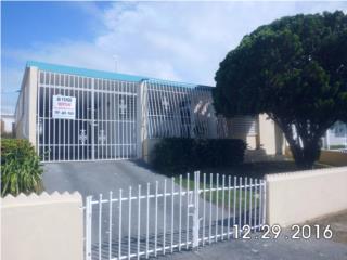 Se vende casa en Jardines De Arecibo