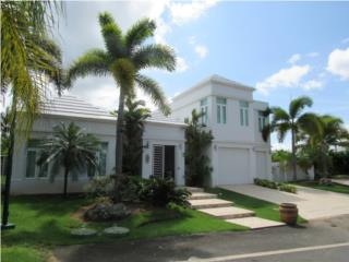 PASEO LAS PALMAS  -GREAT MODERN HOME 2 LEVEL!