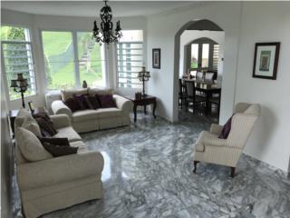Montehiedra marble floors 817m2 3,400ft2