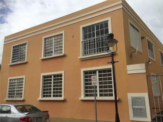 Condominio El Retiro, excelente ubicación.