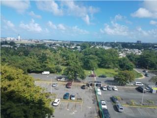 Laguna Gardens vista a aeropuerto y Yunque