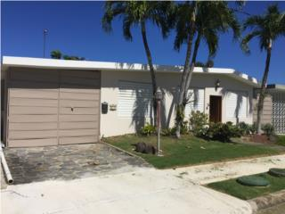 3 Bedrooms 2.5 Bathroom Property in Villamar